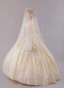 Mary Tucker Silk Wedding Dress Honiton Lace Veil Exeter Waxwork Fashion Postcard