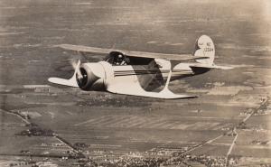 RP: Sportvliegtuig Beechcraft C 17 Airplane 30-40s