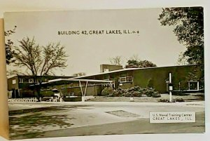 Vintage Postcard US Naval Training Center Great Lakes Illinois Building 42