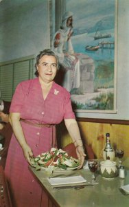 TARPON SPRINGS, Florida , 50-60s ; Scene at Mama Pappas Restaurant
