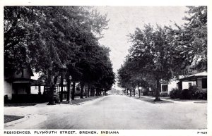 Bremen, Indiana - The houses on tree lined Plymouth Street - in 1950