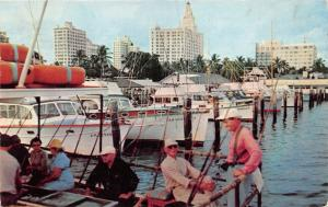 Miami Florida~City Yacht Basin @ Pier 5~Fishing Boats~Men/Ladies in Front~1957