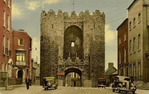 ireland, Louth, DROGHEDA, St. Laurence's Gate, Cars (1950s)