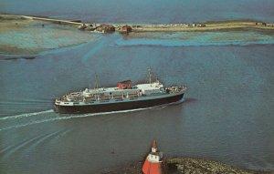 YARMOUTH , Nova Scotia , 1950-60s ; BLUENOSE entering harbour