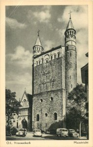 Postcard Netherlands Holland church OL Vrouwekerk in Maastricht