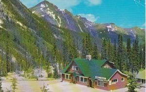 Canada Jasper Cavell Chalet At Base Of Mount Edith Cavell 1967