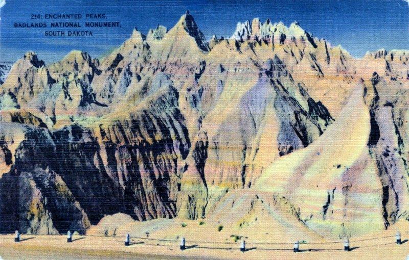 [ Linen ] US So. Dakota Badlands - Enchanted Peaks