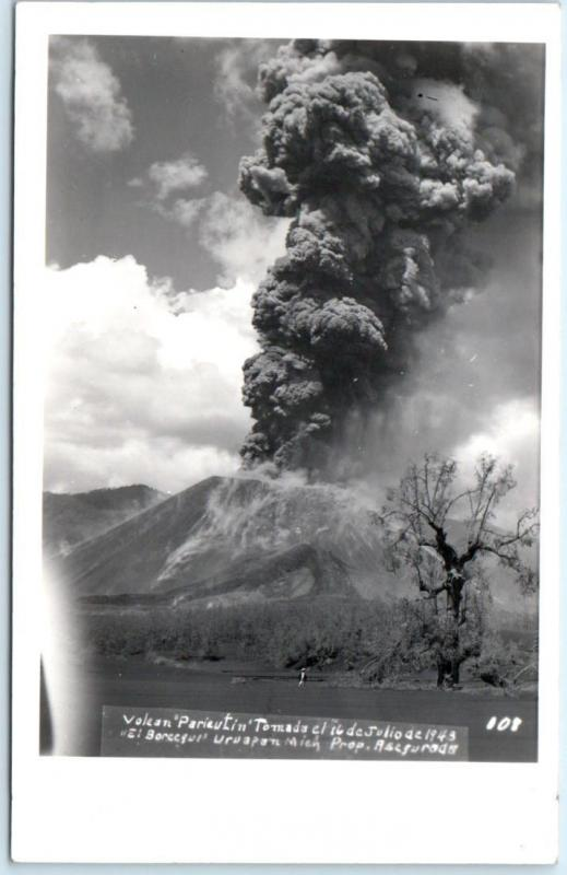 RPPC  MEXICO   New Crater PARACUTIN VOLCANO tomada July 16, 1943  Postcard