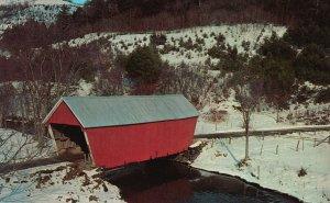 East Bethel, Vermont, VT, Covered Bridge, Chrome Vintage Postcard g9283