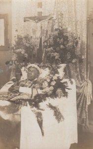 RP: Dead man in bed , 00-10s