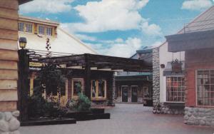 Les Galeries des Monts, Laurentides, Quebec, Canada, PU-1974