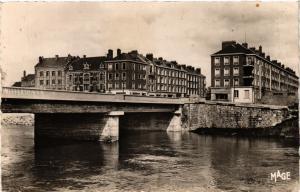 CPA CHALONS-sur-MARNE - Le Pont sur la Marne (743072)