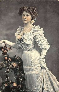 Raphael Tuck Series #4450 Miss Topsy Sinden Celebrities of the Stage Postcard