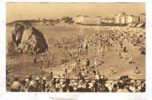 People Bathing, The Grande Plage & The Cap St-Martin, Biarritz (Pyrénées-At...