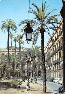 Spain Barcelona Plaza Real Detalle, Royal Place Detail Vintage Cars Voitures