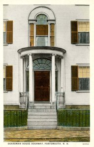 NH - Portsmouth. Boardman House, Doorway
