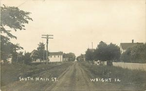 Wright (Oskaloosa)~Rutted Main St~Ladies @ Picket Fence~High Grass RPPC c1910