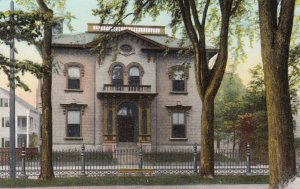 SALEM , Mass. , 00-10s ; New and Then Club House