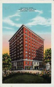 Heathman Hotel,Park and Salmon Sts., Portland,Oregon,00-10s