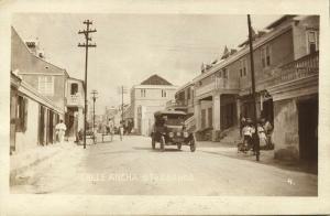 curacao, D.W.I., WILLEMSTAD, Otrabanda, Calle Ancha, Car (1910s)