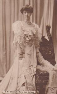S. M. Elisabeth Reine des Belges, 00-10s