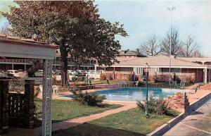 Memphis Tennessee~Town Park Motor Hotel~Outdoor Pool View~Park Plaza~1960s