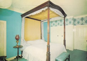 The Bedroom Queen Victoria Slept in 1860 Grant Arms Hotel Postcard