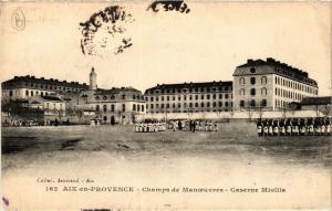 CPA AIX-en-PROVENCE Champs de Manoeuvres-Caserne Miollis (339936)