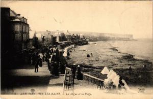CPA ARROMANCHES-les-BAINS - La Digue et la Plage (515961)