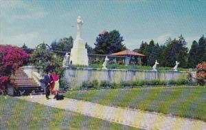 Swannanoa Barble Palace And Sculpture Gardens Near Waynesboro Virginia
