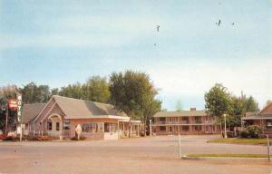Fremont Nebraska Erin Swiss Motel Street View Vintage Postcard K59404