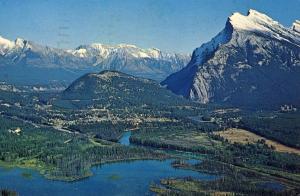Canada - Alberta, Banff. Mt Rundle, Vermilion Lake