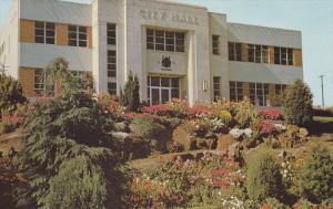 Flower Garden, City Hall Building, Nanaimo, British Columbia, Canada, 40-60´s