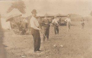 RP; PERU , Indiana , 1907 ; Men shooting Guns