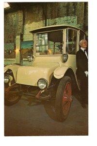 DETROIT ELECTRIC 1914 Automobile Forney Transportation Museum, Denver, Colorado