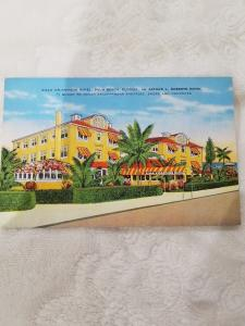 Antique Postcard entitled Villa Atlantique Hotel, Palm Beach, Florida