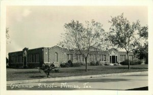 Grammar School Mission Texas 1920s 1920s Postcard 20-4814