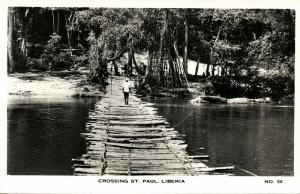 liberia, Crossing the Saint Paul River on a Wooden Bridge (1950s) RPPC