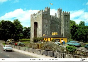 Ireland Co Clare Bunratty Castle