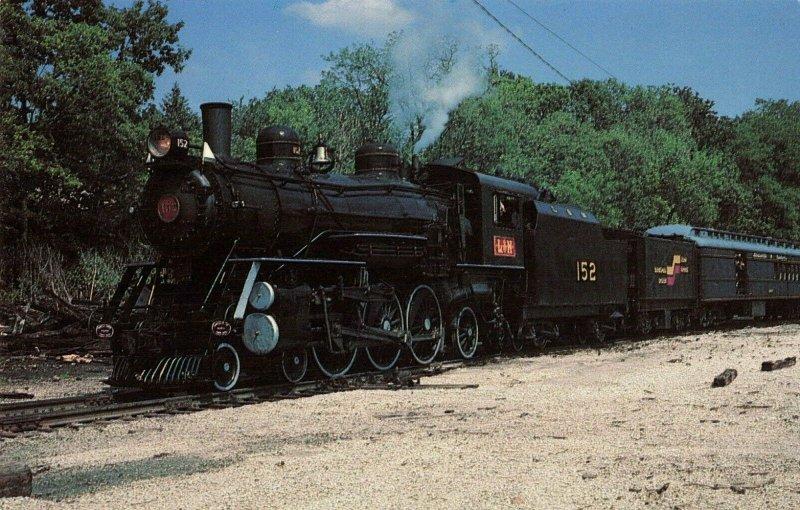Postcard Louisville and Nashville 4-6-2 Locomotive 152 Railway Museum Kentucky
