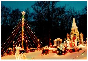 Connecticut , Dayville , Whipple's Christmas Wonderland ,   Lights