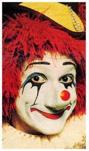 21339  Ringling Bros. Barnum Bailey Circus - Clown Richard Mann Happy harlequin