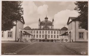 RP: Fredensborg Slot , Denmark , 20-30s