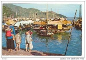 Fishing village of Aberdeen, Hong Kong, 60-70s