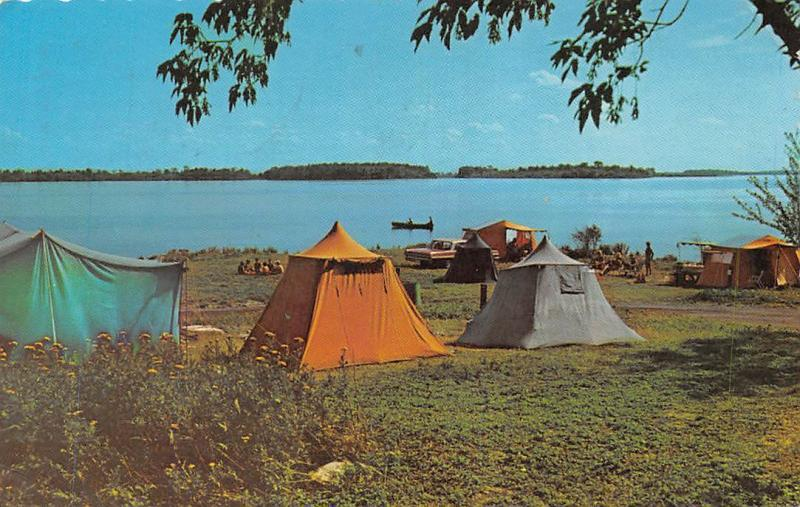 Ontario, St. Lawrence Parks Commission, camping site, tents