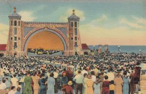 DAYTONA BEACH , Florida , 30-40s ; Bandshell and Open-Air Theater