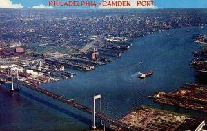 PA - Philadelphia. Delaware River, Philadelphia-Camden Port