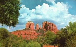 South of Sedona, Arizona, AZ, Court House Rock, Chrome Vintage Postcard g5722