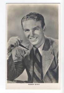 b4110 - Film Actor - Robert Stack - postcard