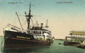 curacao, D.W.I., WILLEMSTAD, Loading Phosphate Horn Line Ship Waldtraut (1920s)